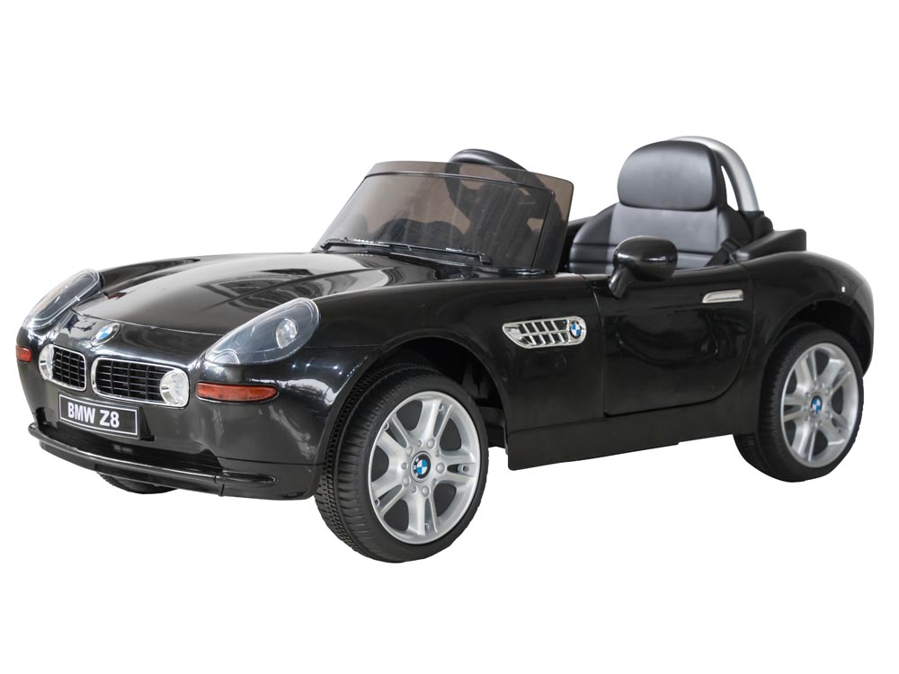 BMW Z8 in black